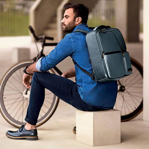 Idealne połączenie nieformalnego stylu z funkcjonalnością plecaka biznesowego.