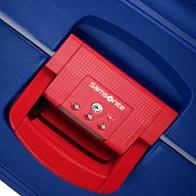 Three-point TSA lock for secure travel to the USA.